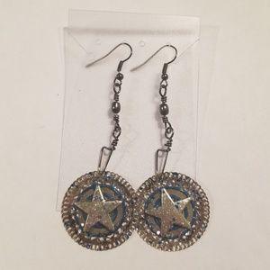 Jewelry - Fishhook earrings